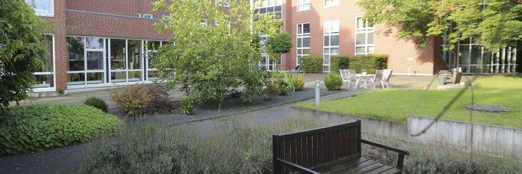 Ansicht Innenhof – Wohn- & Pflegezentrum St. Maria – Hehn